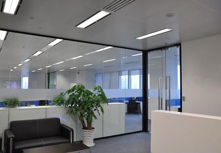 广州腾达科技单层玻璃隔断案例